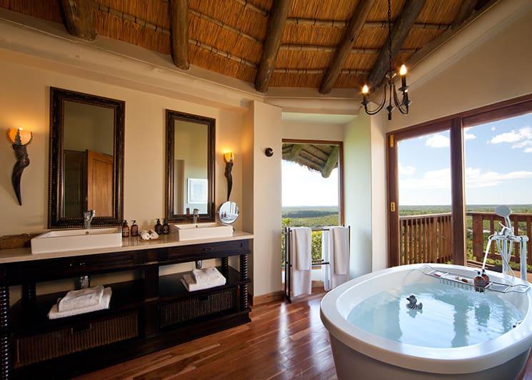 Ulusaba Rock Lodge Rock Cliff Bathroom