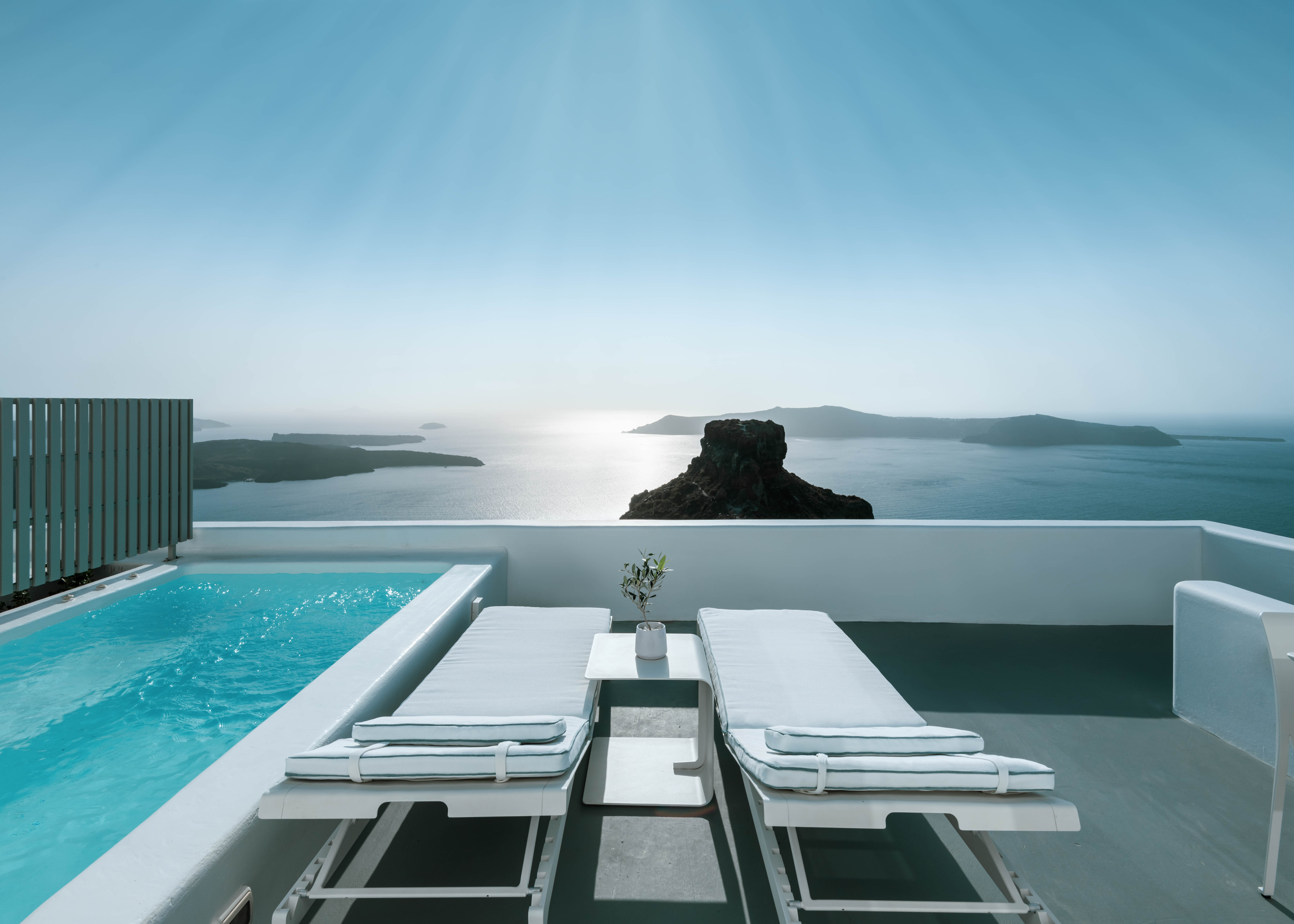 Grace Suite Terrace with Plunge Pool