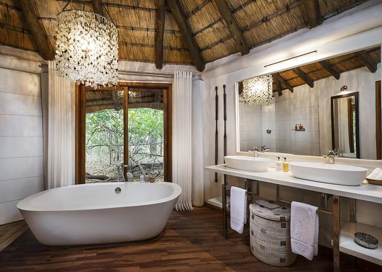 Ulusaba Safari Lodge River Room Bathroom