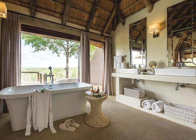 Leopard Hills Lodge Suite Bathroom