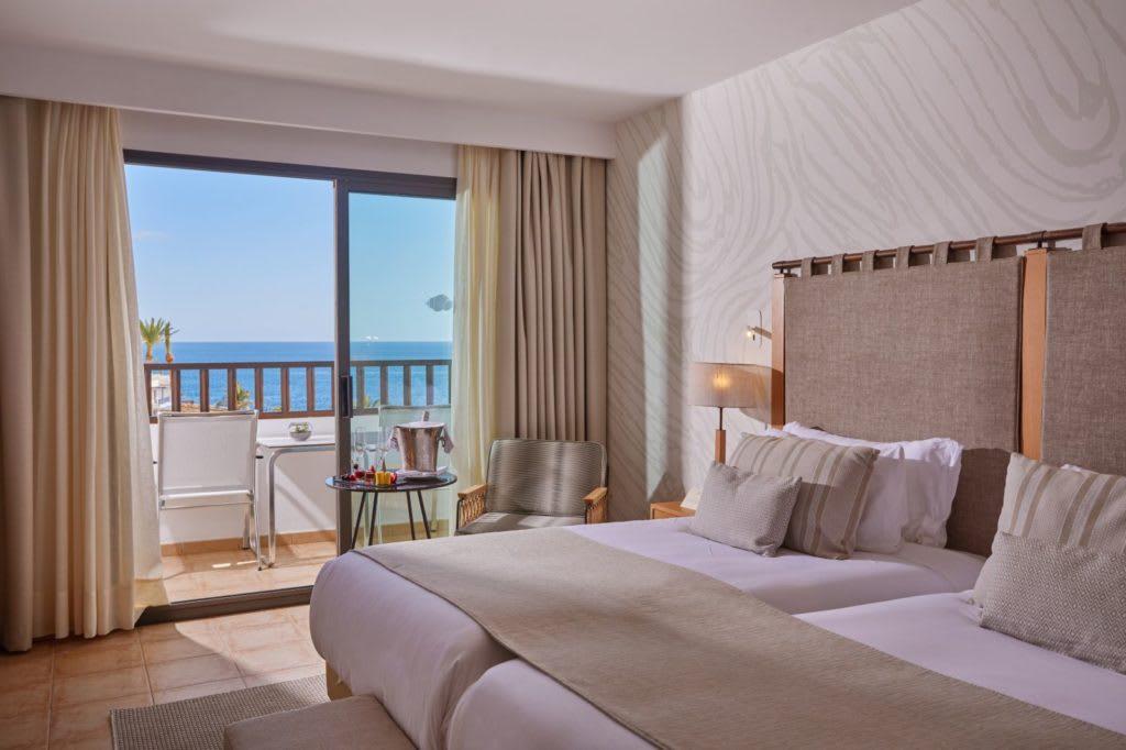 Double Ocean View room twin