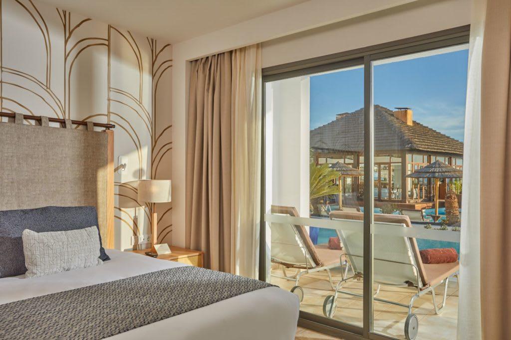 Swim up suite bedroom