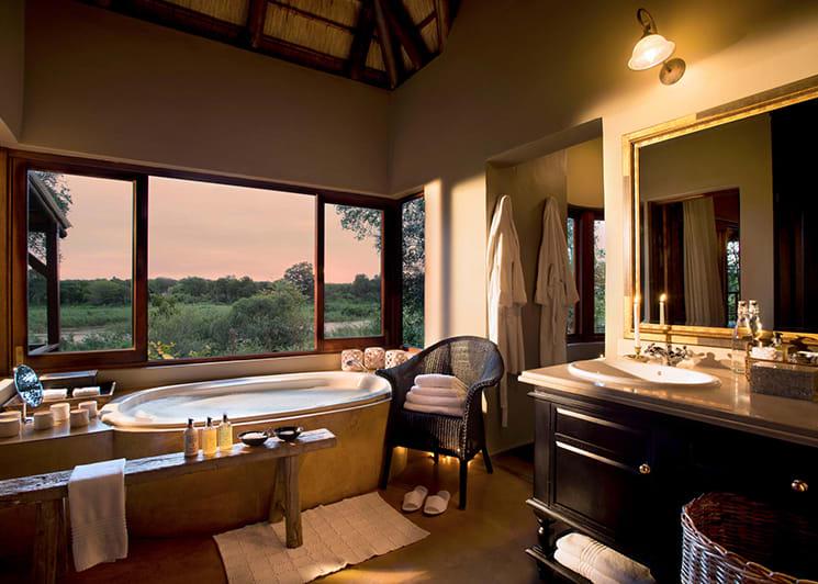 Lion Sands Tinga Lodge Tinga Suite Bathroom