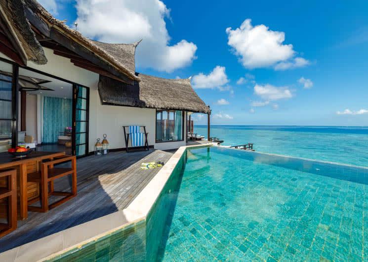 Ozen Reserve Bolifushi Ocean Pool Suite Outdoor Deck