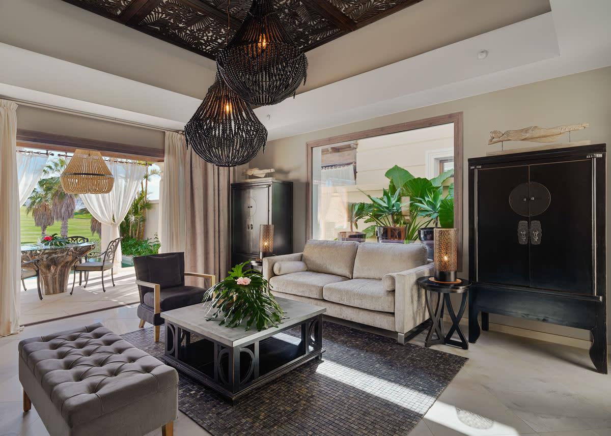 Living Room Grand Pool Villa
