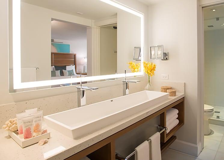 Sandals Montego Bay Oceanfront Honeymoon Club Level Room Bathroom