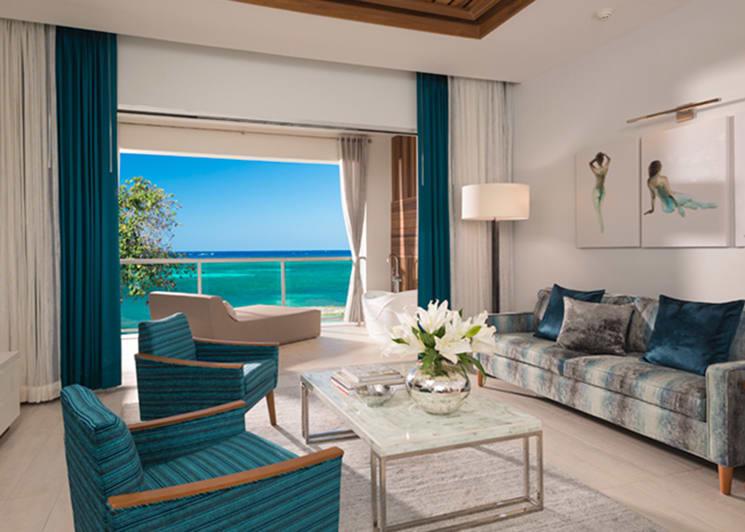 Sandals Montego Bay Beachfront Millionaire One Bedroom Butler Suite Lounge