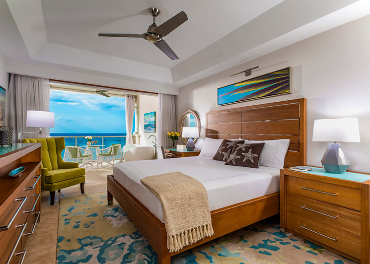 Sandals Montego Bay Beachfront Grande Luxe Club Level Junior Suite with Tranquility Soaking Tub