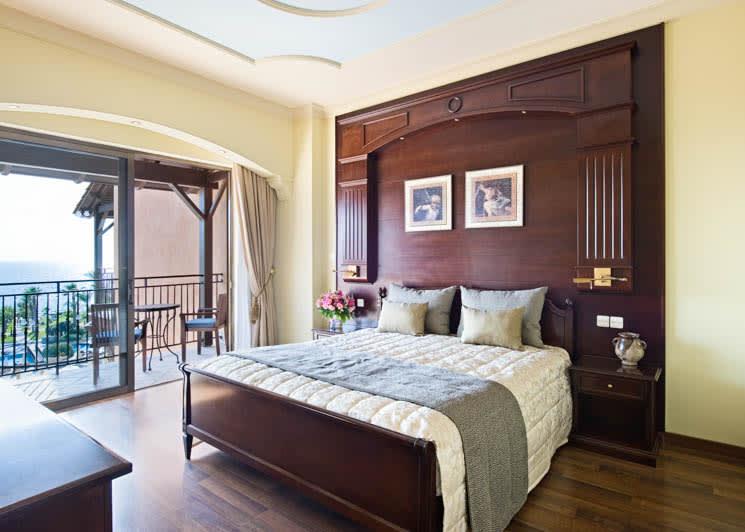Elysium Paphos Thalia Suite Bedroom
