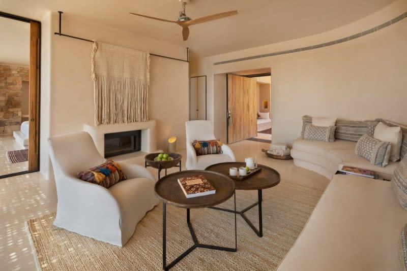 Panorama Pool Villa living room2