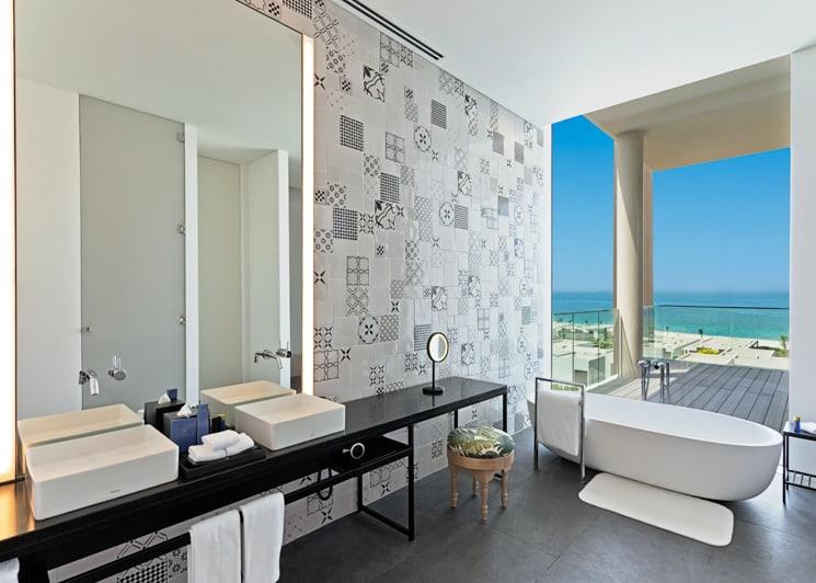 The Oberoi Al Zorah Kohinoor Suite Bathroom