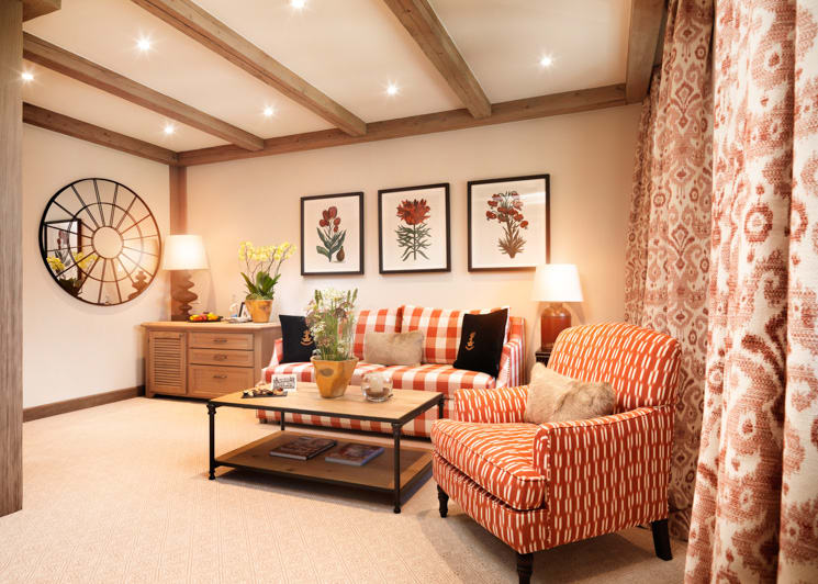 Gstaad Palace Classic Junior Suite Lounge