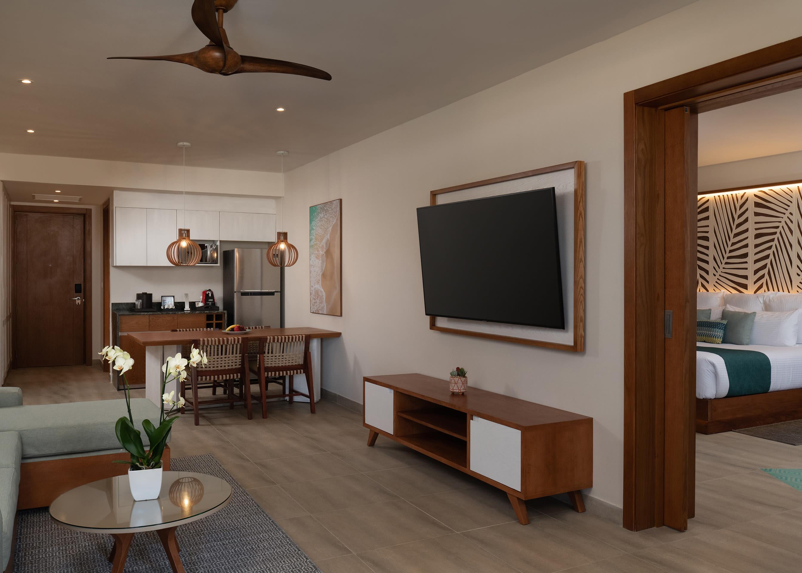 Preferred Club Master Ocean View Bedroom King
