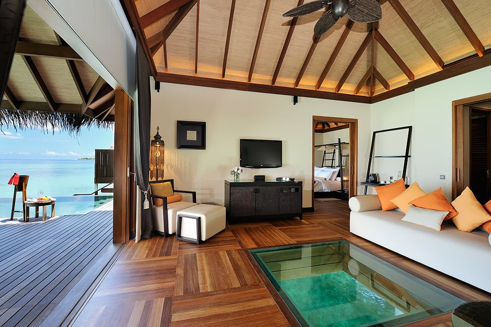 Sunset Ocean Suite with Pool