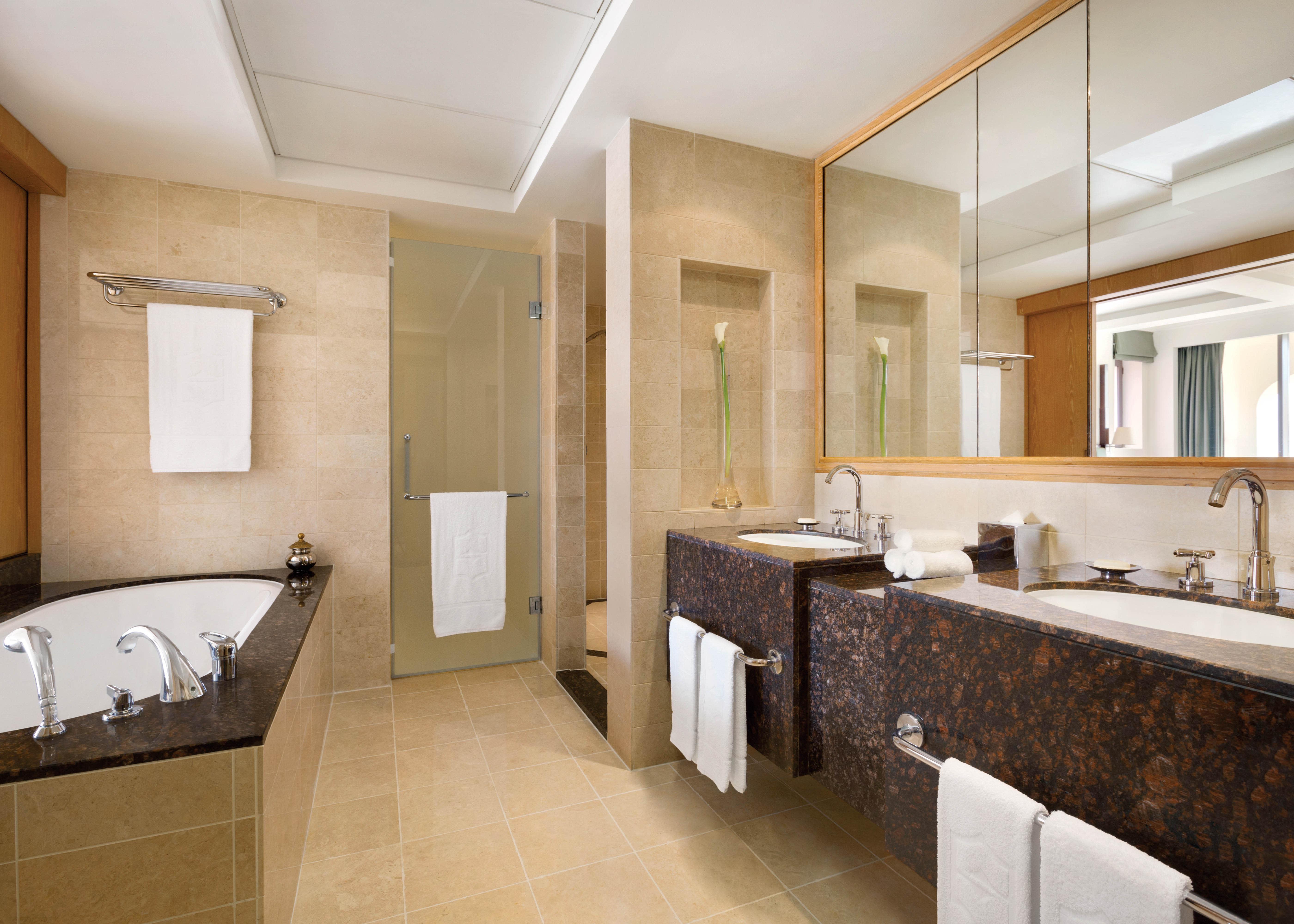 One Bedroom Suite King Bathroom