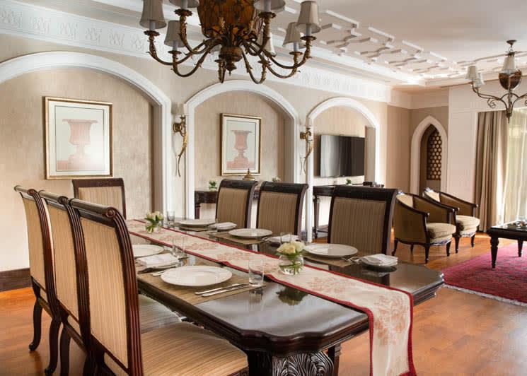 Royal Residence Lagoon dining