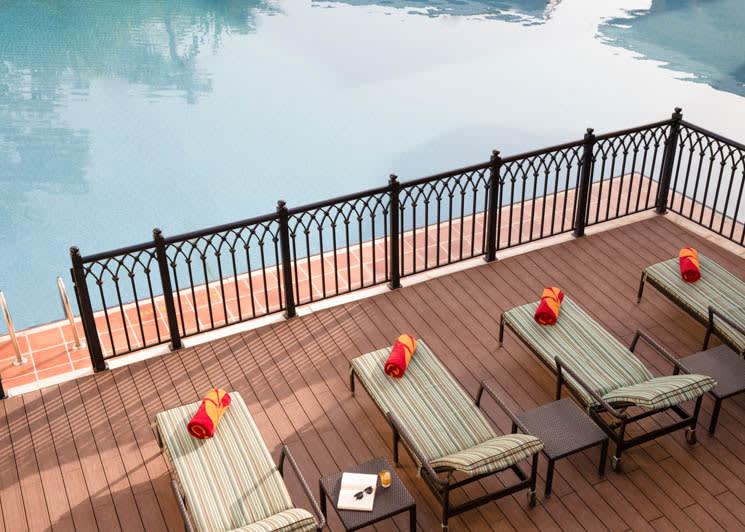 Royal residence lagoon terrace