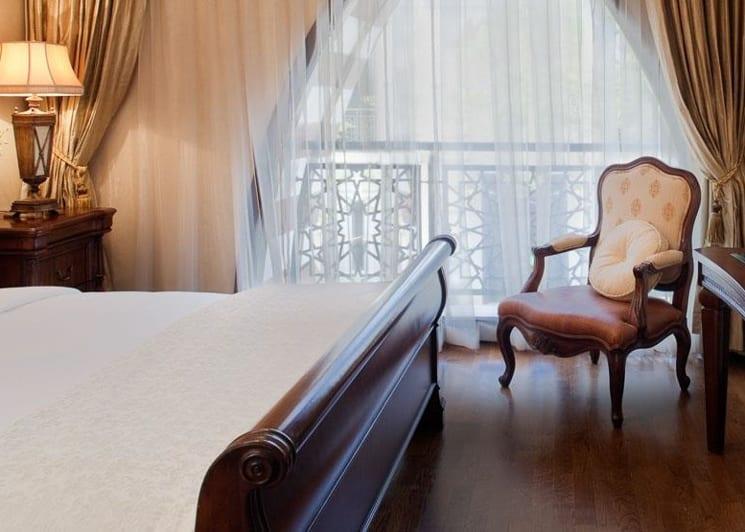 Jumeirah zabeel saray beach residences bed