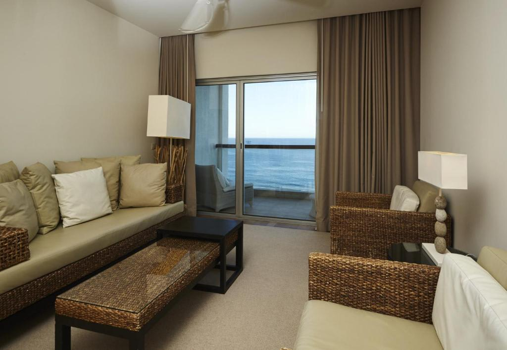 Junior Suite with Sea View2