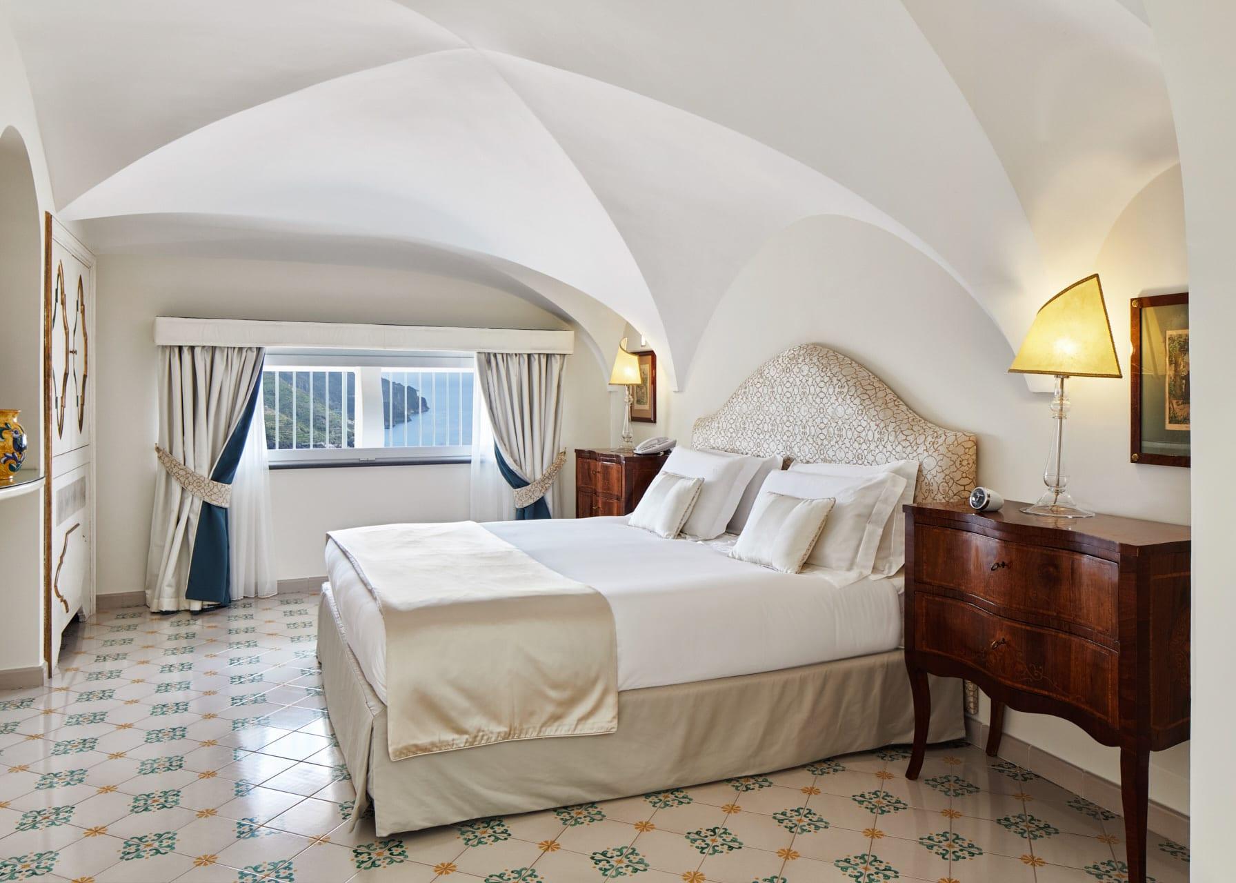 Infinito Suite Bedroom