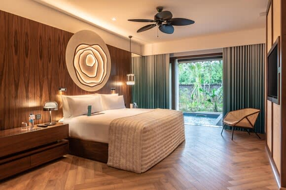 Nivana prestige One Bedroom Suite with Plunge Pool