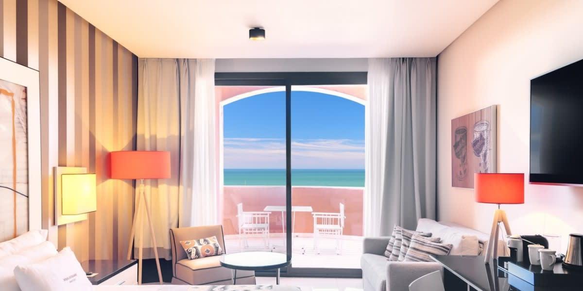 Deluxe Room Oceanfront