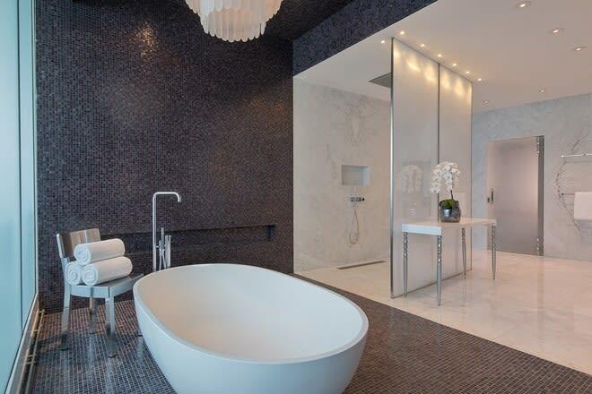 Extreme WOW One bedroom Suite bathroom