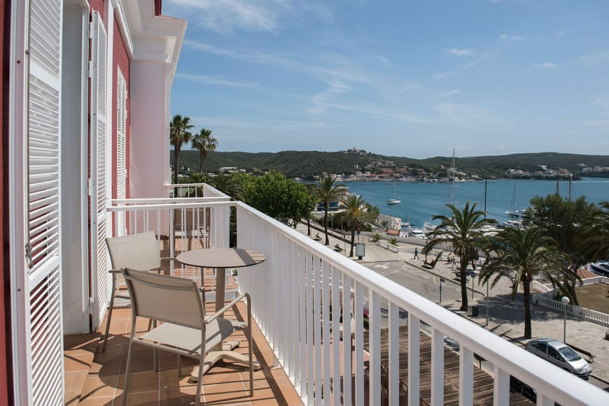 Double Room with Sea View Balcony2