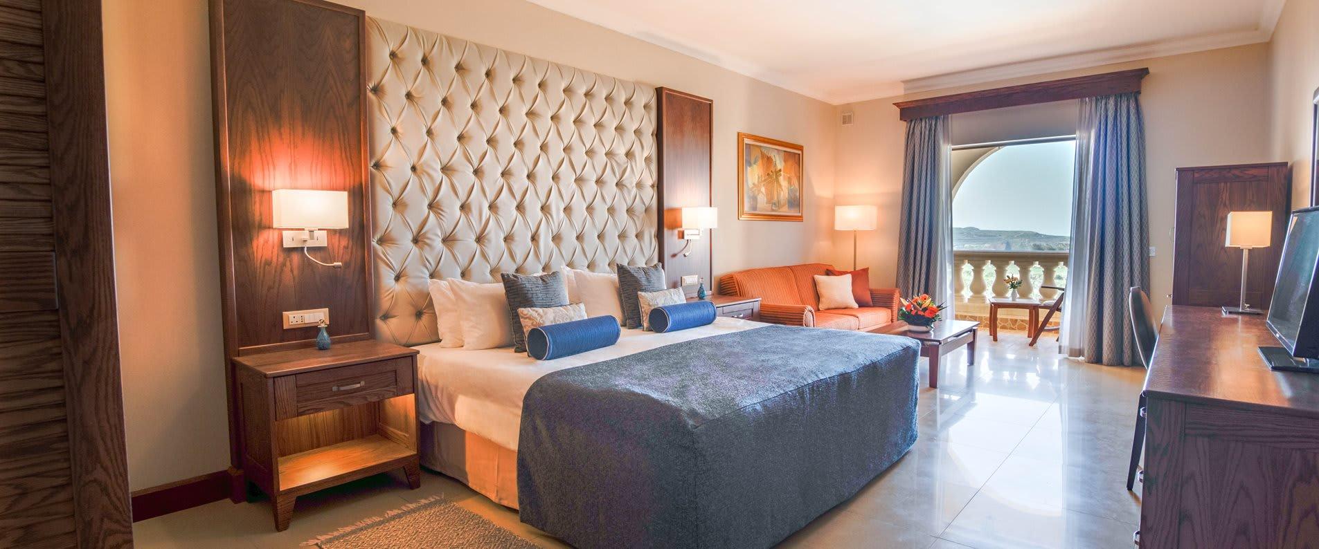 2 bedroom family suite1