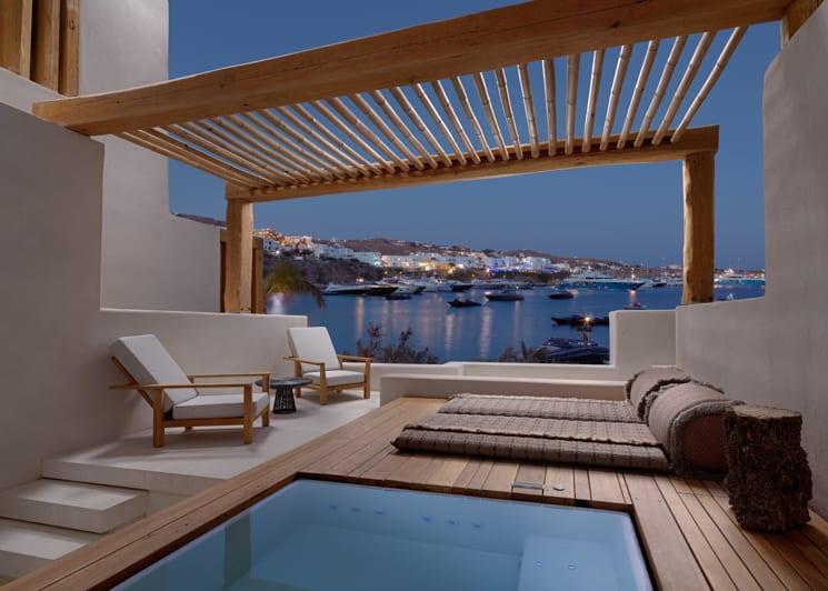 Junior Suite sea view hot tub