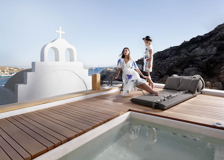 Panoramic sea view suite