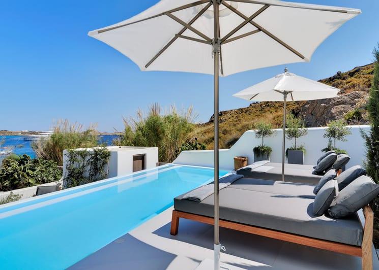 Grand suite outdoor pool