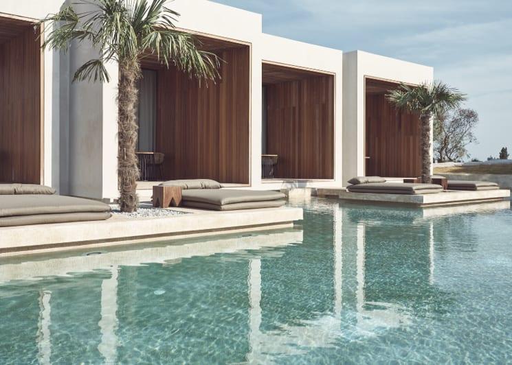 Superior Water Suite Swim Up Pool View