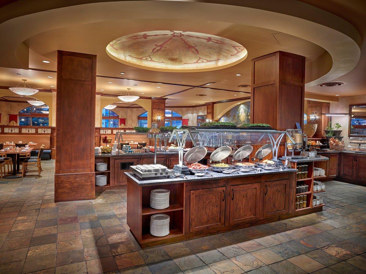 Mantles Restaurant Breakfast Buffet