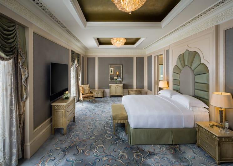 Royal Khaleej Suite Bedroom