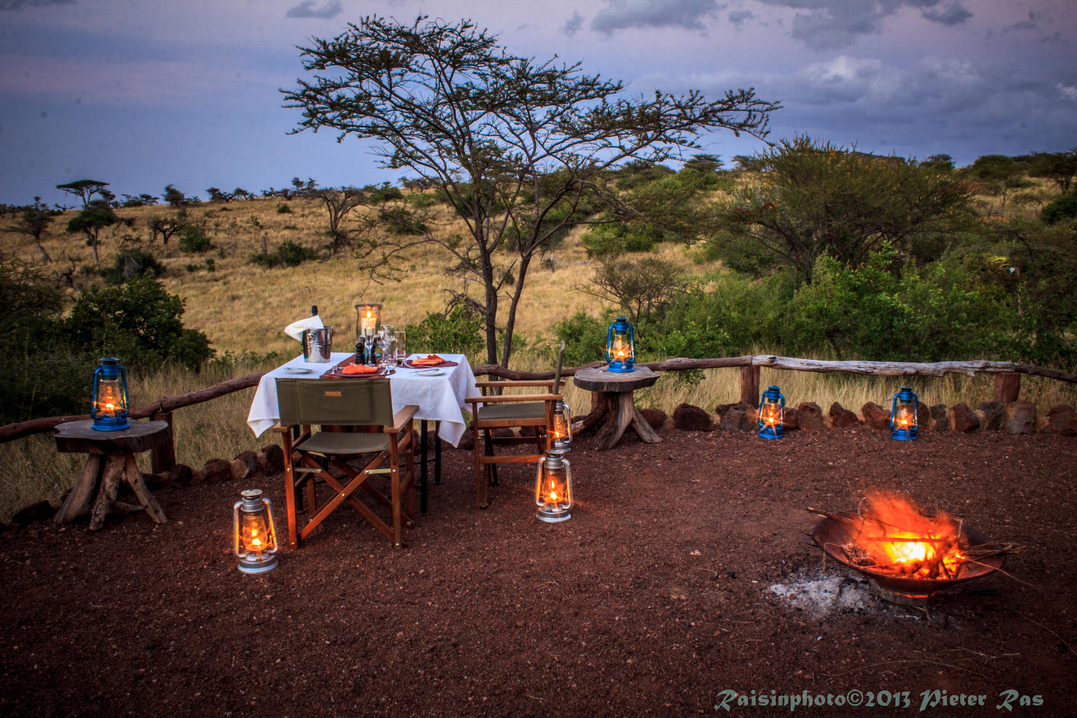 Sundowners by the Campfire