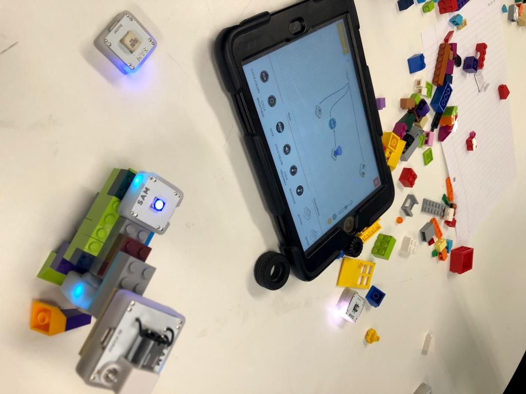 — Tinker & Think with Tech Toys