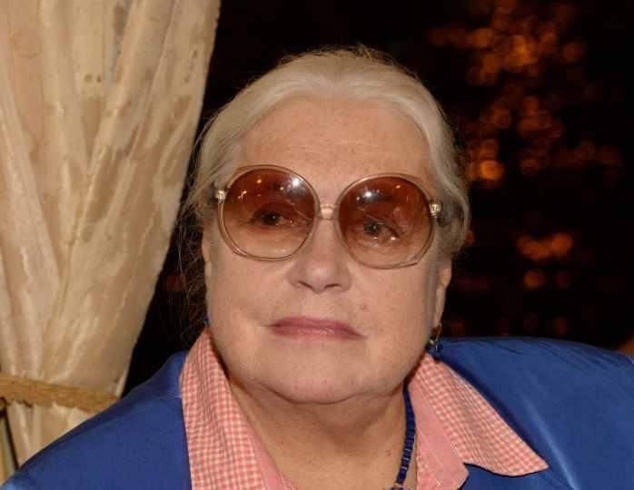 «Она меня не признает»: старшая дочь Федосеевой-Шукшиной отказалась от борьбы за наследство мамы