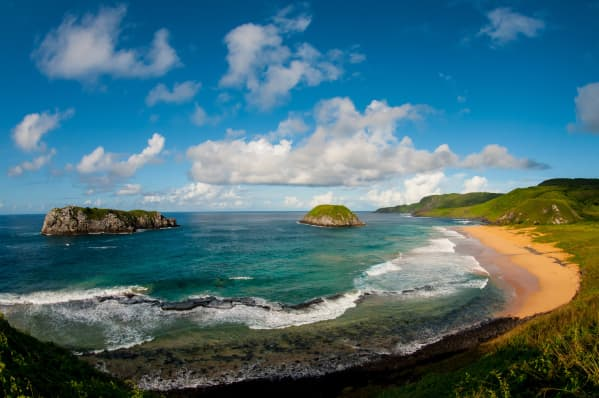 Praia do Leão in Fernando de Noronha. The island of Fernando de Noronha belongs to Pernambuco state and is located around 1 hour flight from Recife. A paradise for divers.