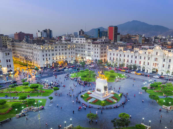 An Unusual Rest Day In Lima: A Witches' Market & Paddington The Bear