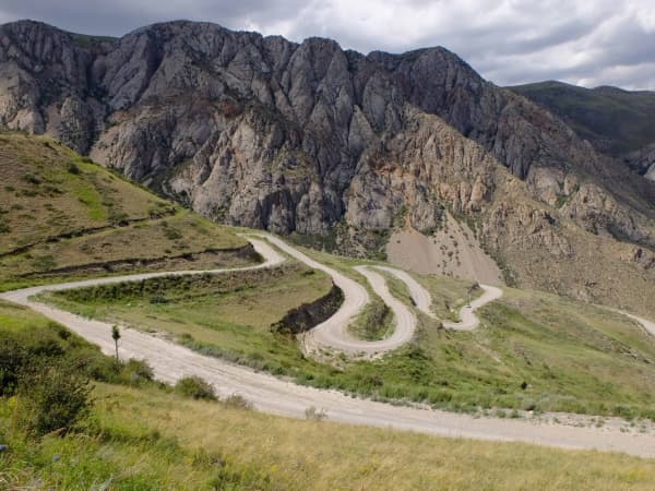 A stunning but tough gravel climb in Kyrgyzstan
