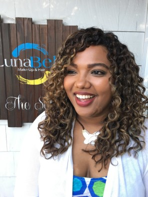 Pintura Highlights The Color Method For Curly Hair