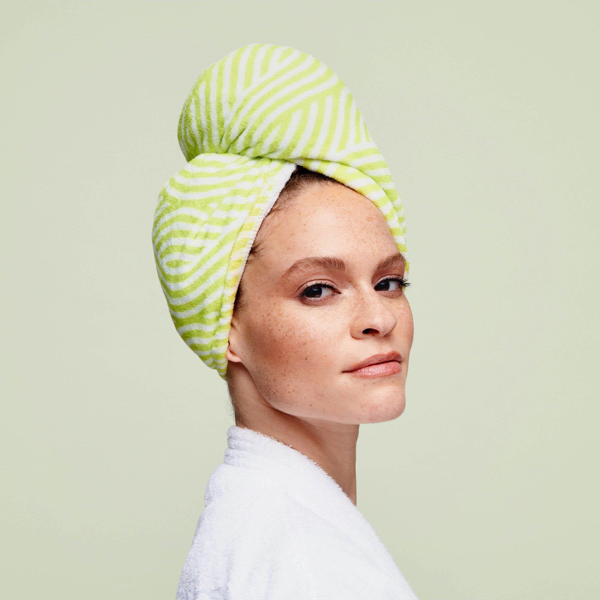Woman wearing DevaTwist™