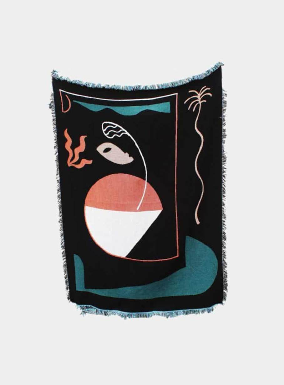 printed_goods abstract figure throw