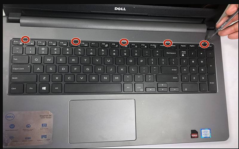 how to remove hard drive from toshiba laptop