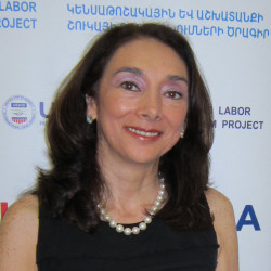 Rosa chiappe 2013 photo