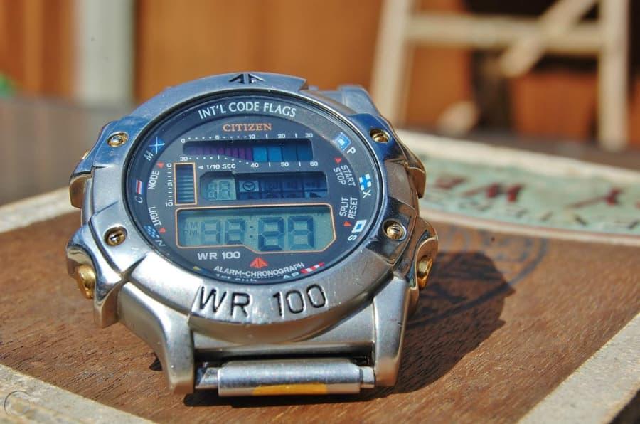 Đồng hồ Citizen Quartz WR100 có gì đặc biệt? Nên mua không? - Ảnh: 2