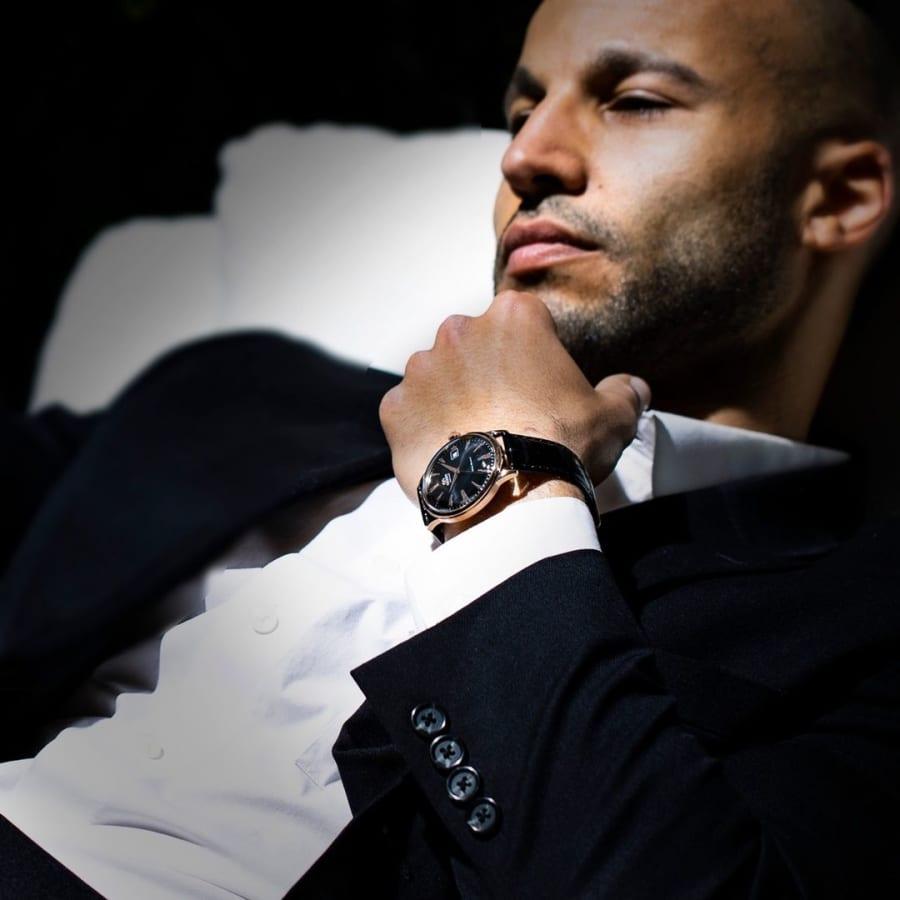 10 hãng đồng hồ cho nam trung niên được ưa chuộng nhất VN - Ảnh: 8