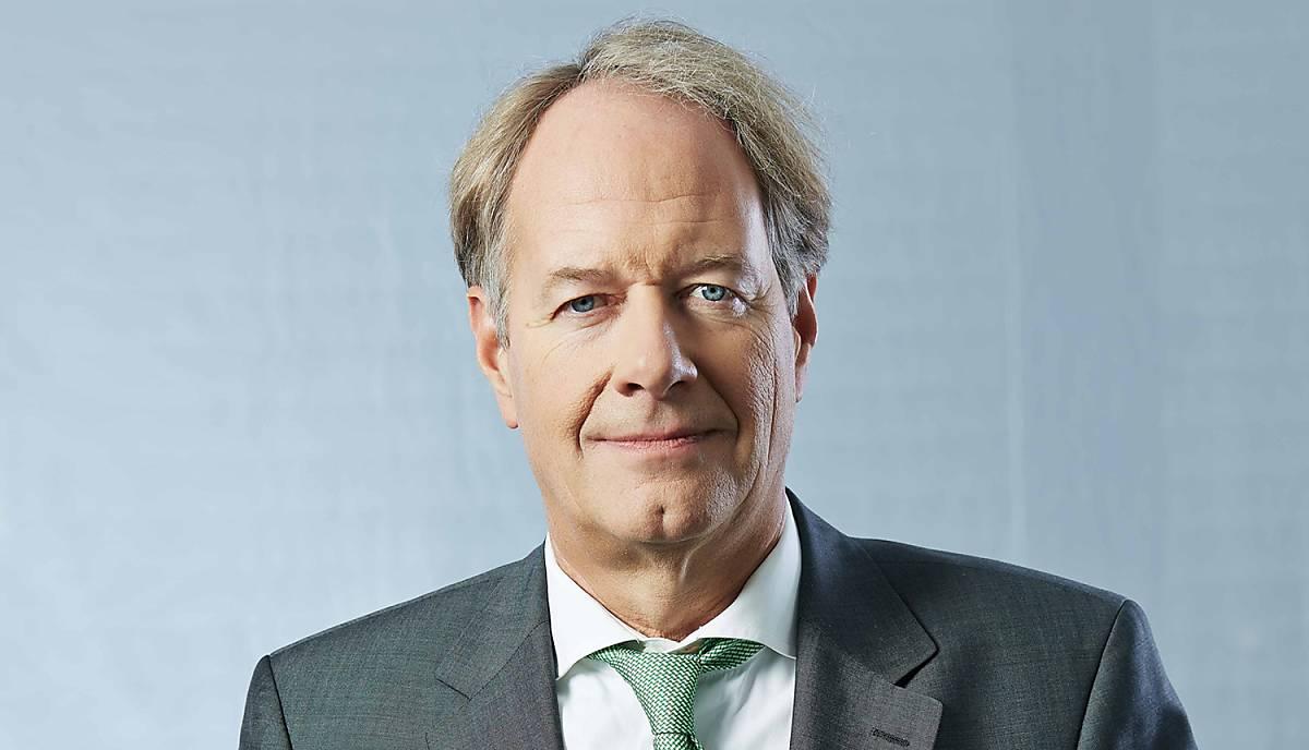 Dr. Christian Scharff