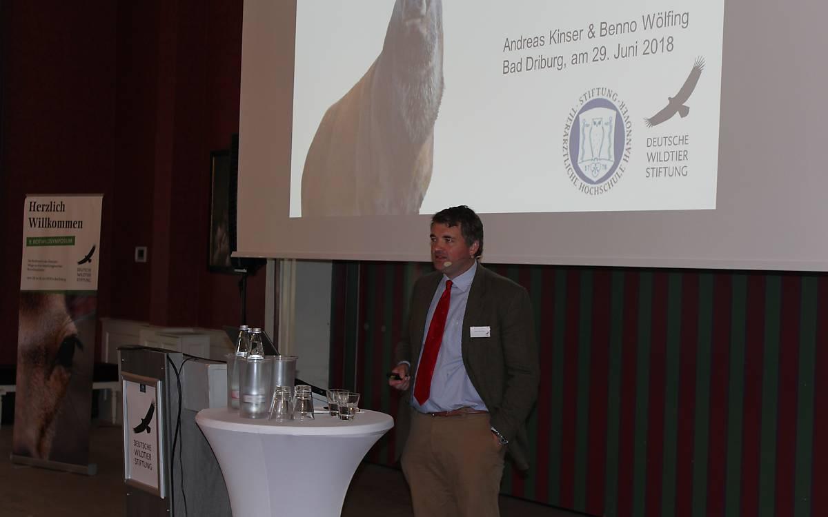 Dr. Andreas Kinser stellt die Ergebnisse der Studie der Tierärztlichen Hochschule Hannover vor.